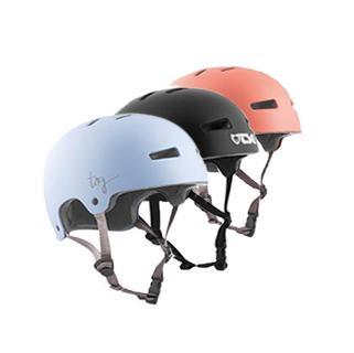 1710_CAT_Helmets